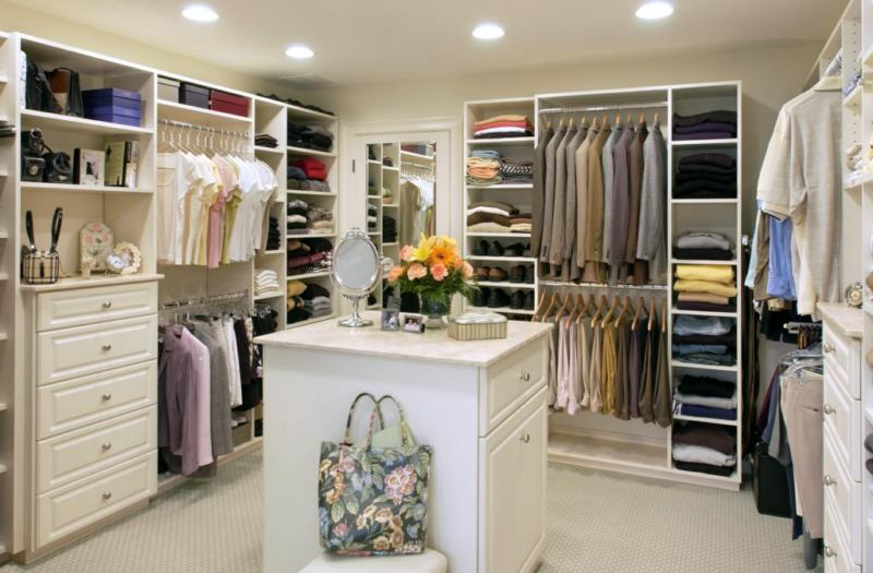 visit the closet solutions show room in porter square