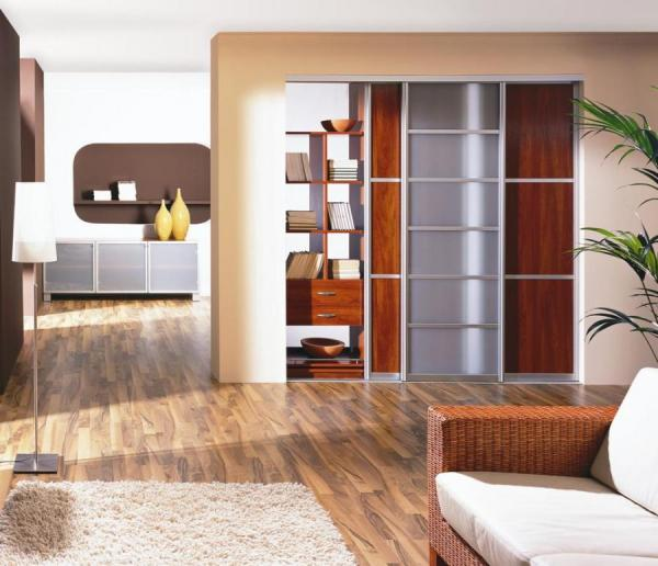 Glass and Wood Sliding Closet Doors 600 x 516